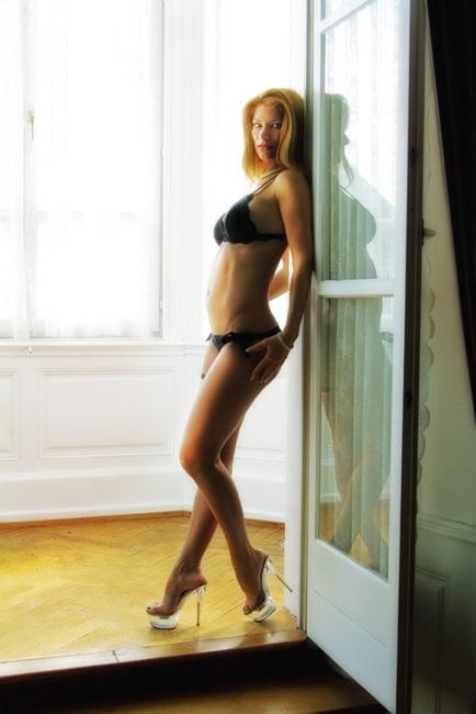 stripteaseuse a domicile strasbourg