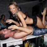 stripteaseuse marinna strasbourg